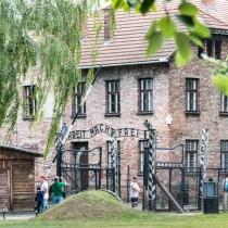 Auschwitz_01.jpg