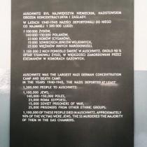 Auschwitz_04.jpg